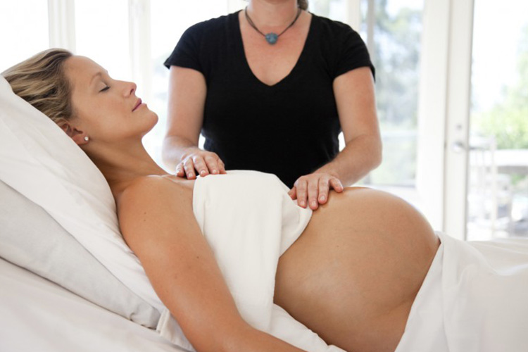 Pregnancy Massage - Reducing the back pains