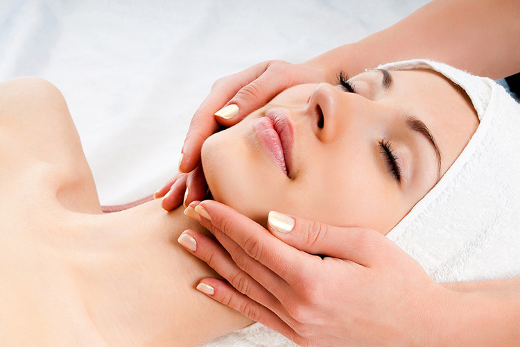 Lymphatic Facial Massage